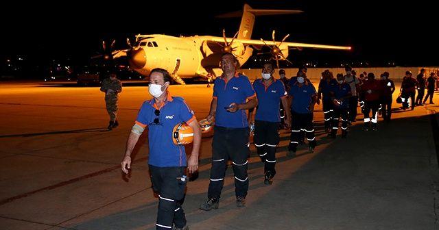 """Lübnan'a yardım götüren Türk uçağı """"Koca Yusuf"""" ülkeye döndü"""