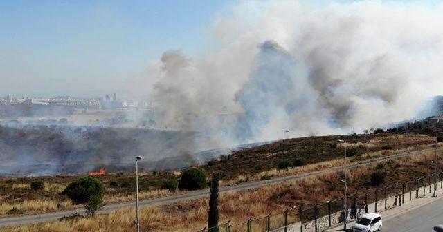 Maltepe'de Kenan Evren Kışlası'nda korkutan yangın