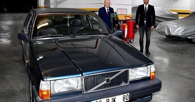 MHP Genel Başkanı Bahçeli 'BJK' plakalı aracını hediye etti