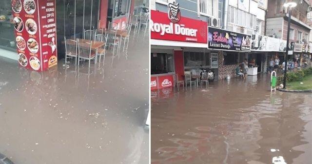 Osmaniye'de sağanak yağış su baskınlarına sebep oldu