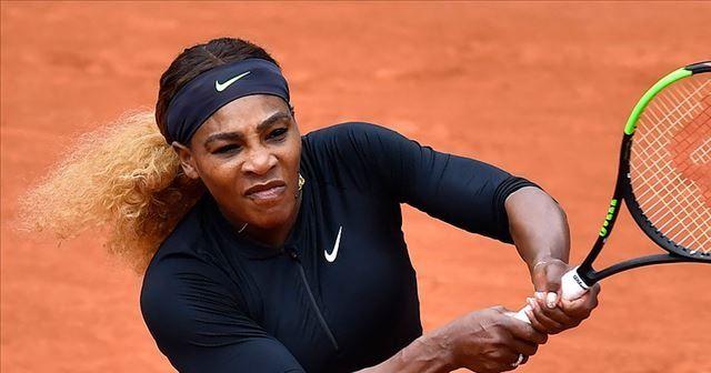 Serena Williams 6 ay sonra ilk kez korta çıktı