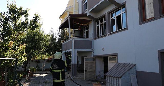 Yangınında dumandan etkilenen çocuk hastaneye kaldırıldı