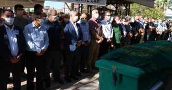 Arınç yakın arkadaşının cenazesine katıldı