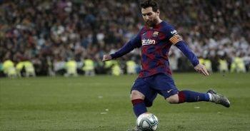 Barcelona, Messi'yi bırakmak istemiyor