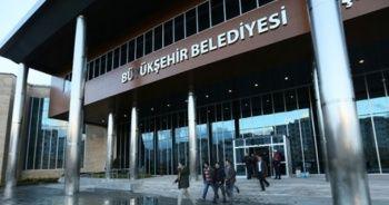 Büyükşehir'in yetkileri ilçelere devredilecek