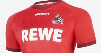 FC Köln kulübünün formasında cami silüeti