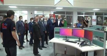 İçişleri Bakanı Soylu, Trabzon 112 Acil Çağrı Merkezi'nde incelemelerde bulundu
