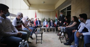 Oktay ve Çavuşoğlu, Lübnan'daki patlamada yaralanan Türk aileyi ziyaret etti