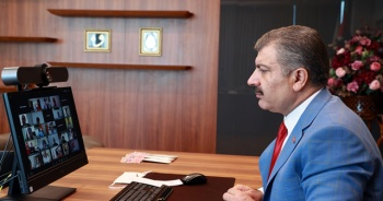 Sağlık Bakanı Koca, il sağlık müdürleriyle video konferansla görüştü