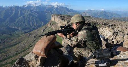 2 bölücü terör örgütü mensubu Cizre'de teslim oldu