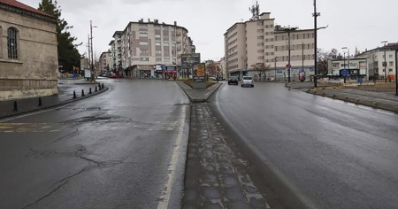 65 yaş üstü vatandaşlara sokağa çıkma kısıtlaması