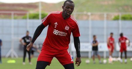 Arouna Kone, Sivasspor ile yeniden anlaştı