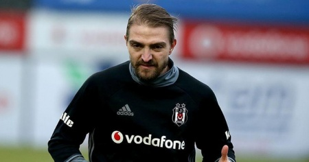 Beşiktaş'a bir veda da Caner Erkin'den