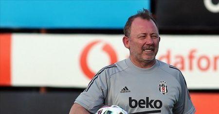 Beşiktaş Teknik Direktörü Sergen Yalçın sağlık kontrolünden geçti