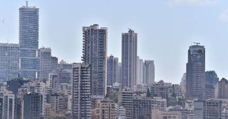 Beyrut'taki patlamada 8 bin bina hasar gördü
