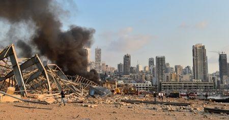 """Beyrut Valisi: """"Patlamanın yol açtığı zararın 10 ila 15 milyar doları aştığını tahmin ediyoruz"""""""