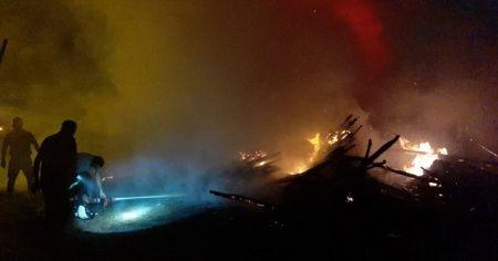 Çorum'da keresteciler sitesinde yangın