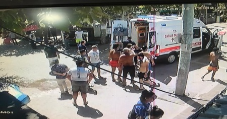 Denize girmek isterken kalp krizi geçiren yaşlı adam öldü