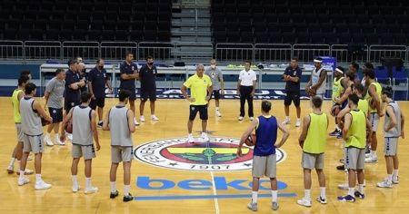 Fenerbahçe Beko ilk antrenmanını yaptı