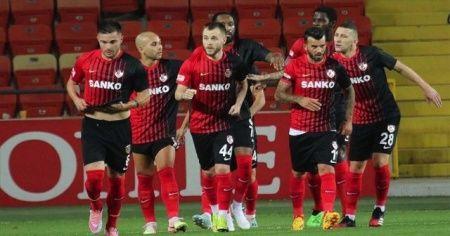 Gaziantep FK 17 Ağustos'ta top başı yapıyor