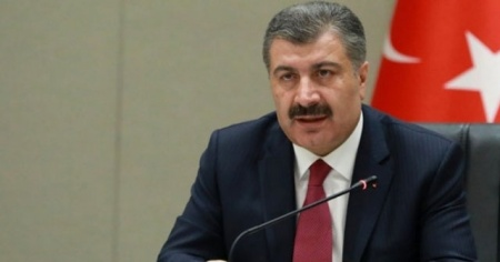 Sağlık Bakanı Fahrettin Koca'dan çocuklara önemli mesaj