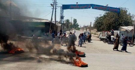 Suriye'de halk ile teröristler arasında çatışma