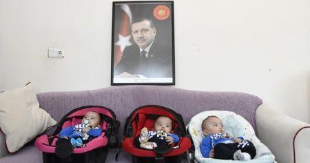 Üçüz bebeklere 'Recep', 'Tayyip' ve 'Erdoğan' isimleri verildi