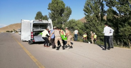 Van'da trafik kazası: 2 ölü, 5 yaralı