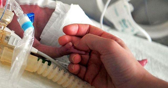 ABD Hastalık Önleme Merkezi: Kovid-19 erken doğum riskini artırıyor