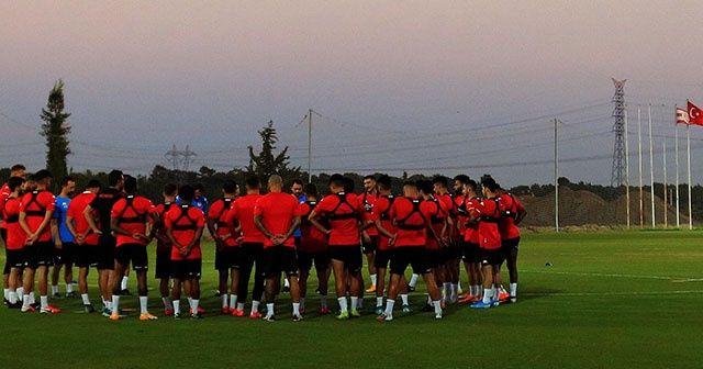 Antalyaspor, Beşiktaş karşılaşmasına tam kadro hazırlanıyor