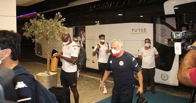 Antalyaspor, Beşiktaş maçı için İstanbul'a gitti