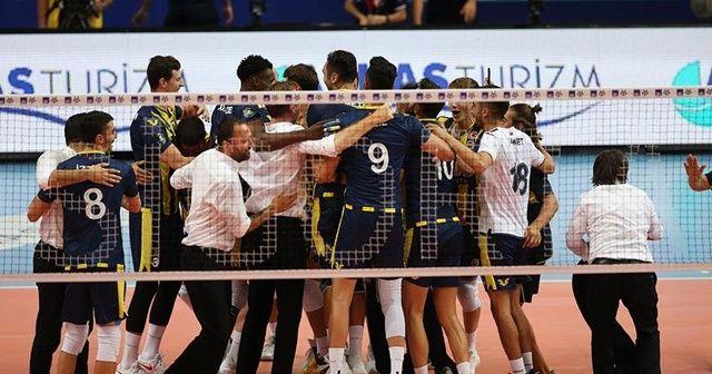 AXA Sigorta Erkekler Şampiyonlar Kupasının sahibi Fenerbahçe HDI Sigorta