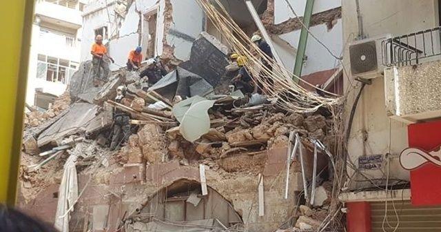 Beyrut'ta enkaz altında canlı olabileceği düşünülen binada çalışmalar durduruldu