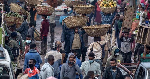 Etiyopya'da şiddeti önleyemeyen yöneticiler görevden alındı