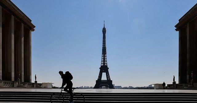 Fransa'da son 24 saatte 5 bin 298 Kovid-19 vakası tespit edildi