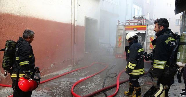 İş yeri deposunda çıkan yangın mahalle sakinlerini korkuttu