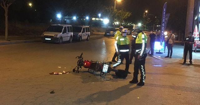 Kask takmayan motosiklet sürücüsü ölümden döndü