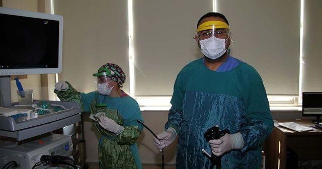 Kovid-19'u yenen Dr. Evirgen: Kızımla kapıda saniyelik bakışıyorduk