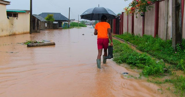 Nijerya'da sellerde hayatını kaybedenlerin sayısı 77'ye çıktı