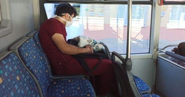 Otobüste uyuyakalan sağlık görevlisi konuştu