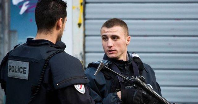 Paris'teki saldırıyla ilgili bir şüpheli gözaltında