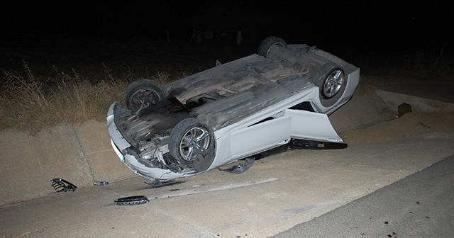 Tekirdağ'da lüks otomobil takla attı, sürücüsü yaralandı