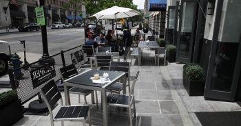 'Restoranda yemek Kovid-19 bulaşma ihtimalini artırabilir'