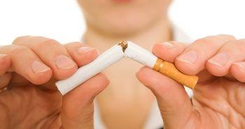 'Sigara korona virüs riskini 14 kat artırıyor'