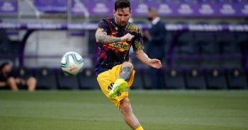 Barcelona'da kalan Lionel Messi ilk antrenmanına çıktı