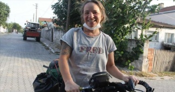 Bisikletiyle Doğu Avrupa ve Balkan turuna çıkan kadının son durağı Türkiye oldu
