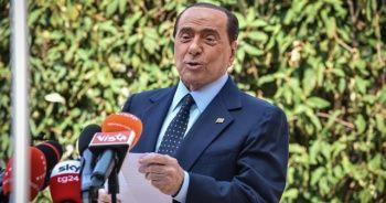 Covid-19 tedavisi gören Berlusconi hastaneden taburcu oldu