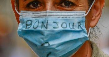 Fransa'da günlük vaka sayısı 10 binin üzerinde seyrediyor