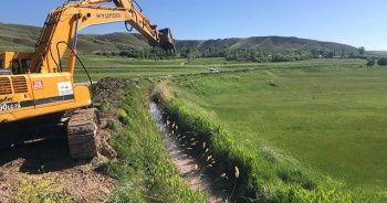 Van'da 483 kilometre sulama kanalı temizledi