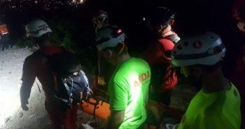 Yürüyüş için vadiye çıktı, kayboldu ekipler tarafından yaralı olarak kurtarıldı